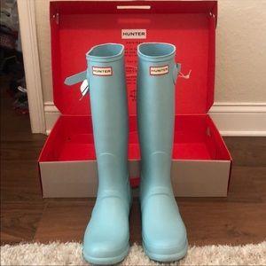 Hunter size 11 rain boot (pale mint) mate